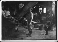 Photograph_of_Glass_Factory_Worker_Rob_Kidd_-_NARA_-_523439