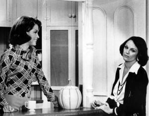 Mary_and_Rhoda_1974